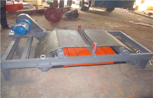 矿用悬挂自卸式永磁带式除铁器